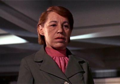 Linda Hunt 007