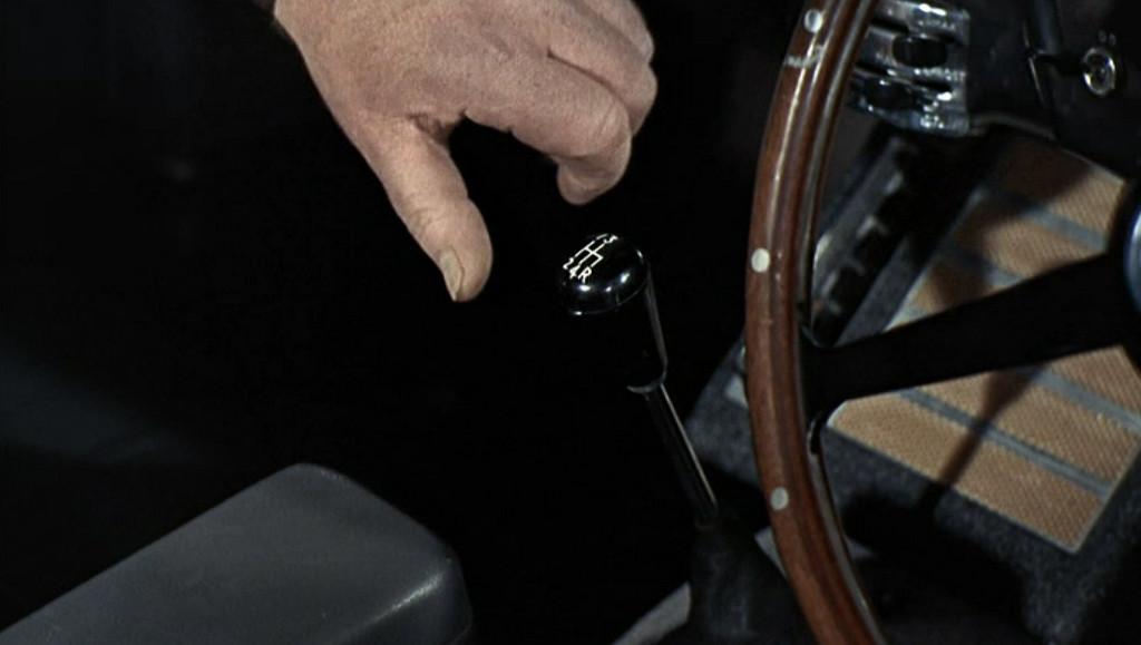 aston martin db5 james bond gadgets. Black Bedroom Furniture Sets. Home Design Ideas