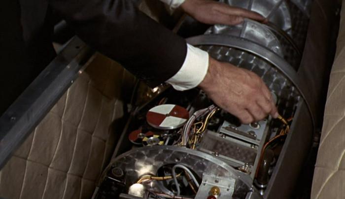 The Tire Man >> Goldfinger Gadgets - James Bond Gadgets