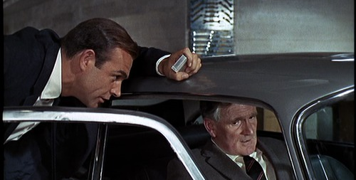 Goldfinger DB5: Q describes the gadgets