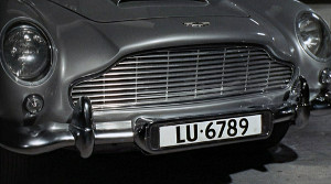 DB5 Switzerland Plates